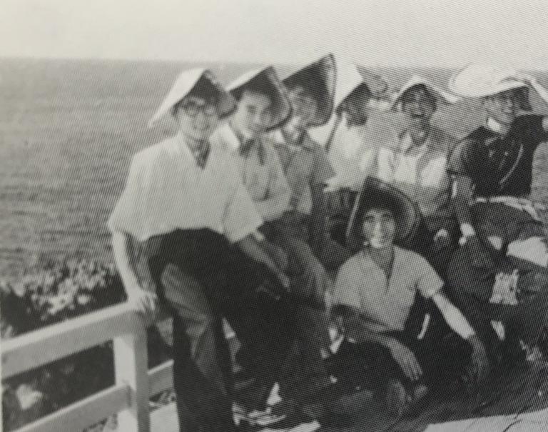 1953年、佐渡合宿でのスナップ