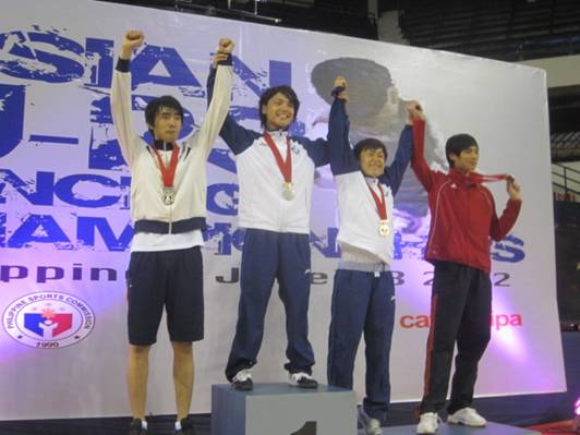 2012年、鬼澤アジアU23大会男子フルーレ優勝